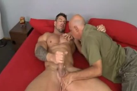 daddy guy bonks Muscle Hunk Zeb Atlas